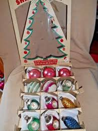 vintage 3 boxes of shiny brite 2 glass ornaments made in