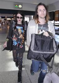 frances bean cobain married her kurt cobain lookalike boyfriend