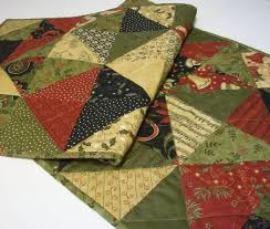 194 love tablerunners images quilting