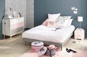 chambre fille fauteuil crapaud pour accessoire deco chambre fille decoration