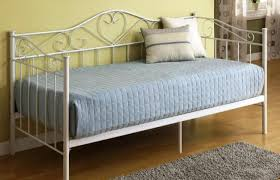 diy daybed with trundle daybed queen size daybed frame beautiful white daybed bedding