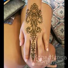 42 best henna images on pinterest mandalas flowers and henna ideas