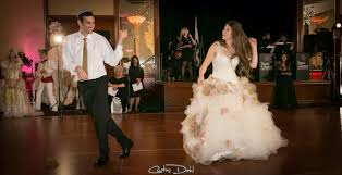 how to make sure you can dance in your wedding dress weddbook