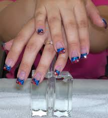 manicure with blue tips this is a two tones color powder tips