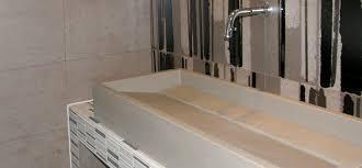 badezimmer fliesen v b bad fliesen anthrazit kleines badezimmer trennwand waschkonsole