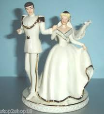 cinderella wedding cake topper lenox disney wedding cake topper cinderella prince charming