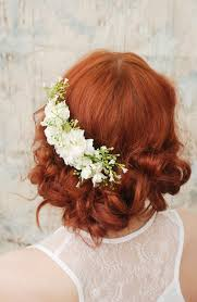 how to do the country chic hairstyle from covet fashion ehow wedding headpiece white flower comb shabby chic bridal comb