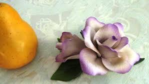 capodimonte roses fabar capodimonte porcelain lavender figurine phantastic phinds