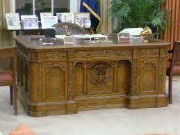 Desk In Oval Office resolute desk replica oval office ronald reagan presid u2026 flickr