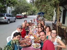 big family gathering picture of pizza venezia sayulita
