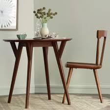 west elm round dining table mid century round dining table west elm interiør pinterest