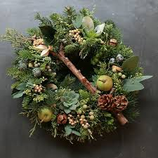 fresh christmas wreaths 317 best wreaths images on door wreaths christmas