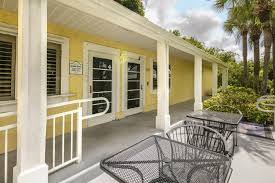 naples 701 apartments rentals naples fl trulia