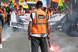 sncf siege social recrutement sncf les syndicats veulent réaffirmer leur unité avant d être
