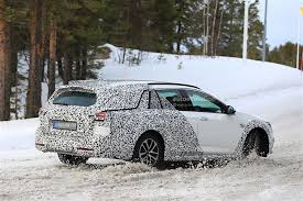 opel winter 2018 opel insignia country tourer spied almost undisguised