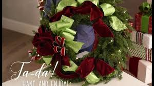 How To Decorate A Christmas Wreath How To Decorate A Holiday Wreath Youtube