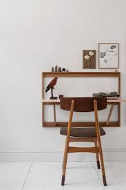 fabriquer table pliante murale les 25 meilleures idées de la catégorie bureau pliant sur