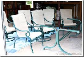 how to paint outdoor furniture with sling seats inmyownstyle