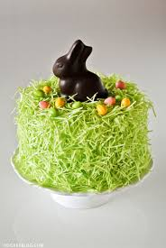 Edible Easter Table Decorations by 6 Cool Cakes For Easter That Are Actually Easier Than They Look
