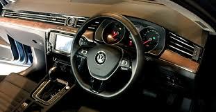 New Passat Interior 2017 Volkswagen Passat Launched At Rs 29 99 Lakh