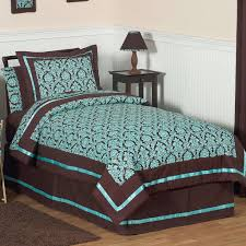 Day Bed Comforter Sets by Bedding Set Intelligent Design Laurent Charleston Comforter Set