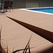 decking alternatives a run down on wood plastic composite decking
