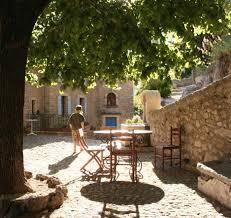 chambre d hote antoine l abbaye chambre d hôtes l abbaye à montbrun les bains en drôme provençale