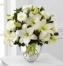 vera wang flowers white elegance bouquet by vera wang kremp