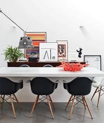 moderne stühle esszimmer weiße stühle schwarzer tisch möbelideen