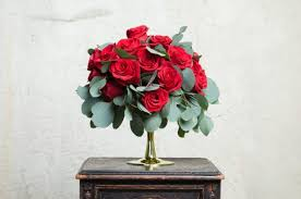 valentines flowers to get lucky on s day get the right flowers