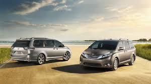 toyota minivan the 2017 toyota sienna minivan does it all