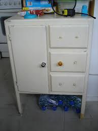cuisine leboncoin relooking d un petit meuble d appoint ées 50 60 merveilles de