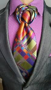 the brockman necktie am i the only one who thinks these