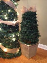 Do It Yourself Outdoor Christmas Decorating Ideas - inexpensive christmas trees christmas decor