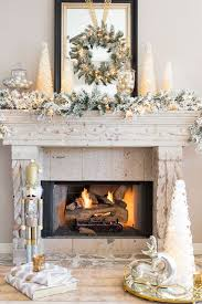 Images Of Mantels Decorated For Christmas Diy Christmas Mantel And Decor Ideas Landeelu Com