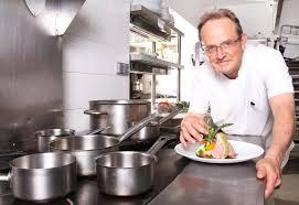 le chef en cuisine le chef de cuisine
