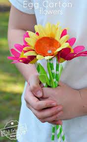 egg carton u0026 paper straw flower craft for kids to make crafts