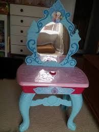 frozen vanity table toys r us disney frozen elsa anna magical musical mirror dressing table in