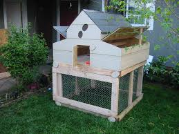 urban chicken coop ideas with small backyard chicken coops for