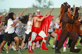 watch a flash mob turn sdsu halloween game into a u0027thriller u0027 the