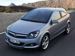 opel astra 2004 car and car zone opel astra gtc with panoramic roof 2005 new cars