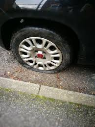 Do Car Tires Have Tubes Flat Tire Wikipedia