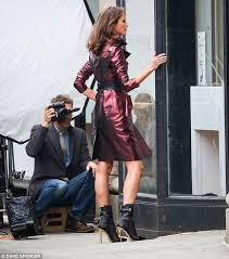 christy turlington 46 puts on a leggy display as she turns up