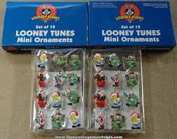 24 boxed warner bros looney tunes character