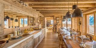 cuisine style chalet chalet cuisine idées de décoration capreol us