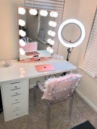 Where Can I Buy A Vanity Table Best 25 Vanity Set Up Ideas On Pinterest Bedroom Dressing Table