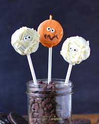 easy oreo mummy pops easy halloween dessert idea