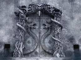 le faramineux trésor dans les souterrains secrets du temple et la