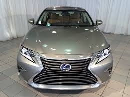 lexus of toronto used cars 2016 lexus es300h imported to india for certification motorbeam