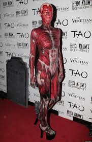 a look at heidi klum u0027s best halloween costumes throughout the years